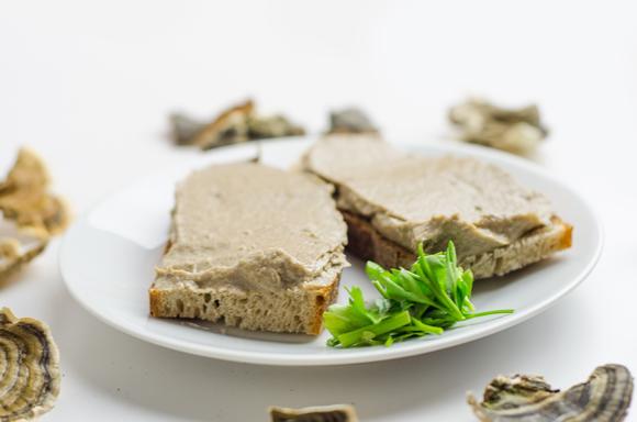 Veganska gobova pašteta