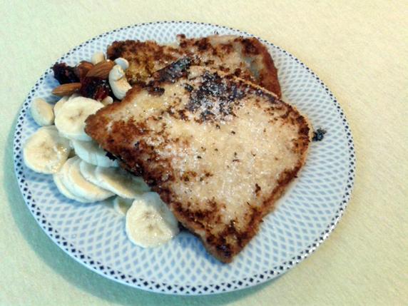 Francoski toast z mandljevim mlekom